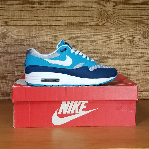 new product 1fe16 888cb Nike Air Max 1